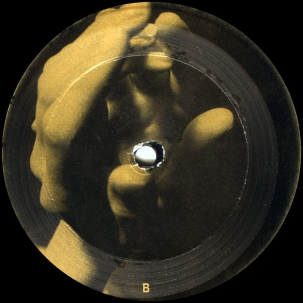 pm002-label-b